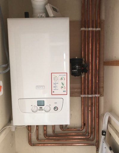 Boiler Gallery - Baxi Boiler cleanly fitted pipes - Freeflow heating and plumbing